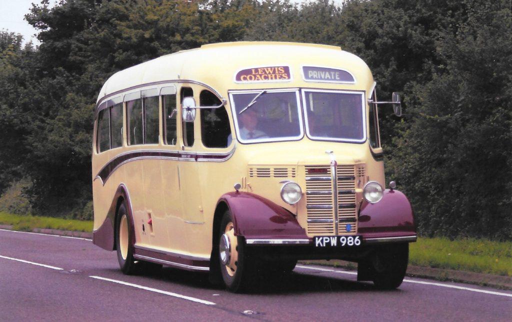 Bedford Bus sm